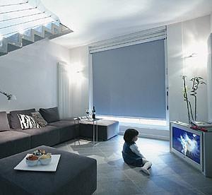 Casa moderna roma italy tende oscuranti per finestre - Oscuranti per finestre prezzi ...