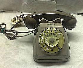 Telefono bigrigio realizzato dalla Siemens