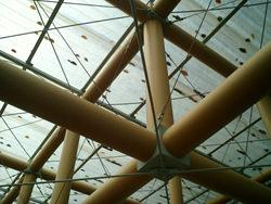 Shigeru Ban, dettaglio di una struttura in tubi di cartone