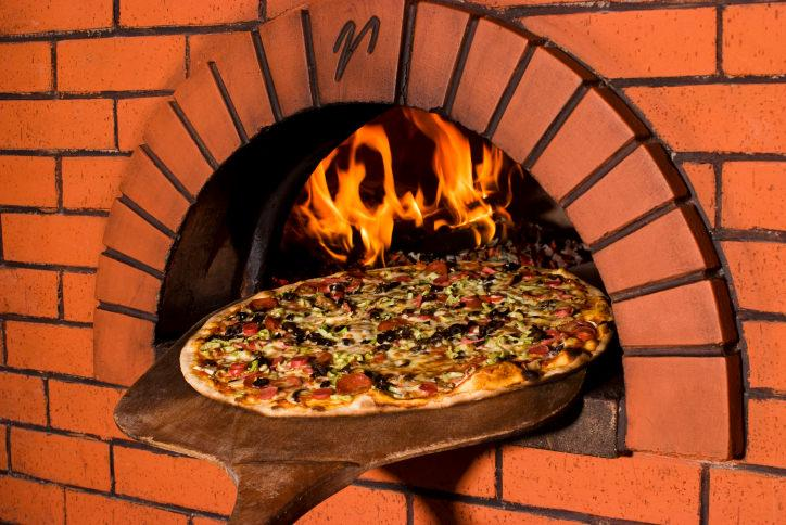 Forno a legna in casa for Temperatura forno pizza