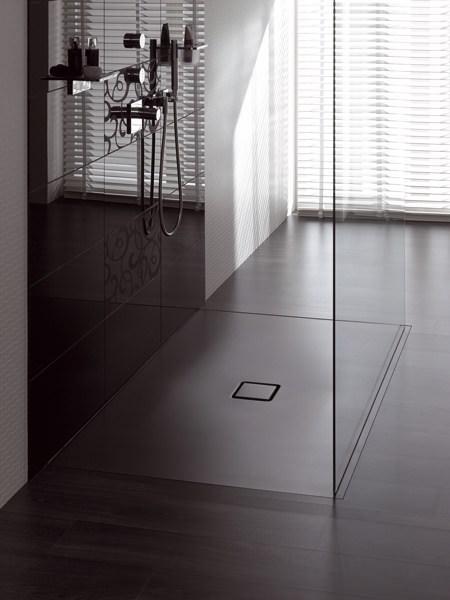 scegliere e rivestire il piatto doccia. Black Bedroom Furniture Sets. Home Design Ideas