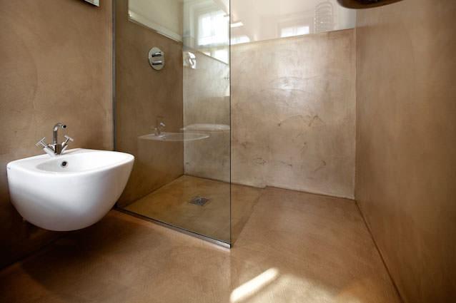 rivestimento in resina doccia