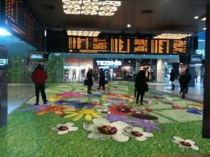 Tappeto fiorito digitale, Milano Fuorisalone