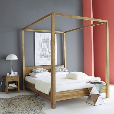Camera da letto Maisons du Monde con letto a baldacchino