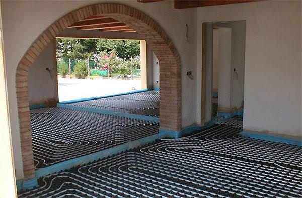 Tappeto parquet riscaldamento pavimento idee per il - Crepe nelle piastrelle del pavimento ...