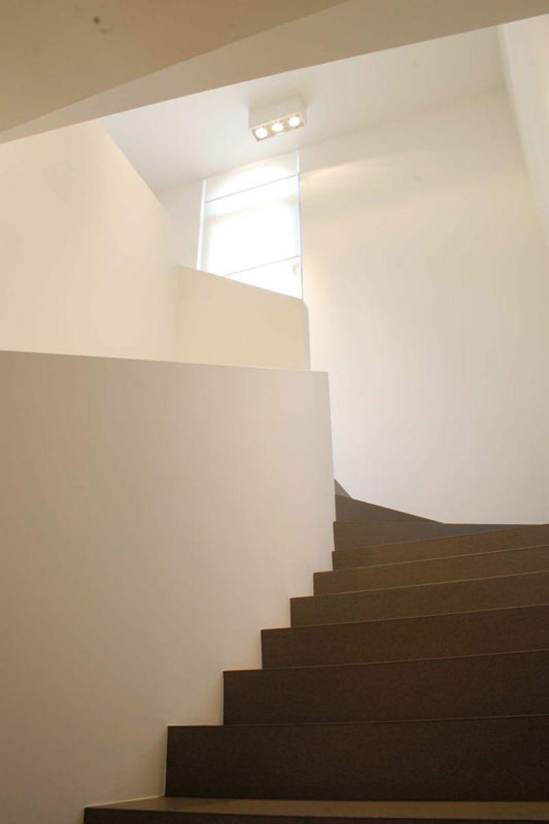 Forum edilizio discussione su gres vs marmo x scalini for Gradini in gres porcellanato prezzi