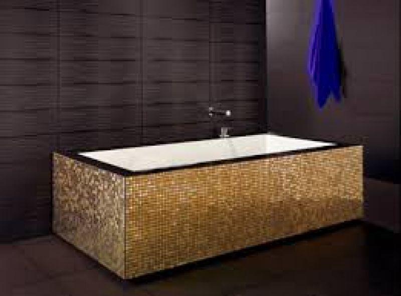 Vasca da bagno piccole dimensioni - Striscia di mosaico in bagno ...