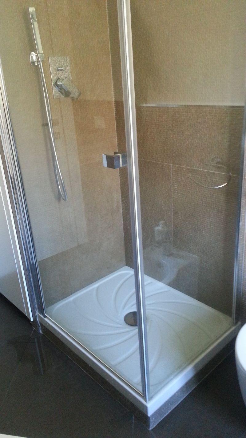 Problema piatto doccia - Piatto doccia raso pavimento ...