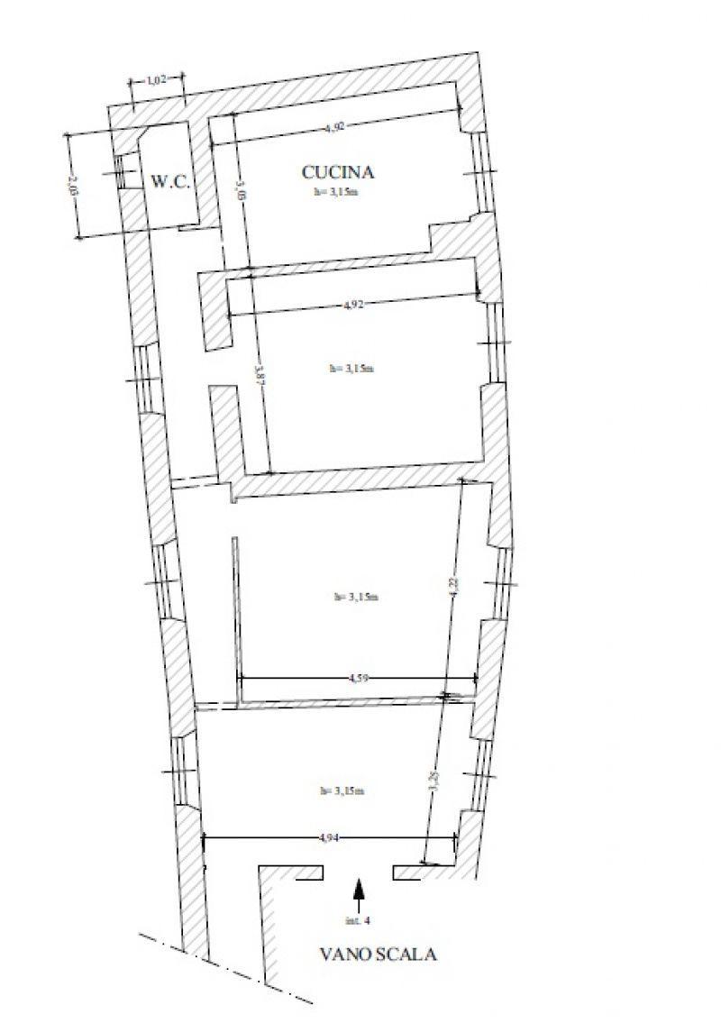 Ingrandire il bagno e nuova disposizione spazi