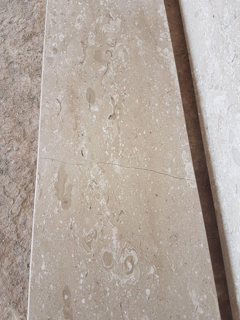 Soglia Marmo Porta Ingresso forum edilizio: discussione su soglie di marmo difettose