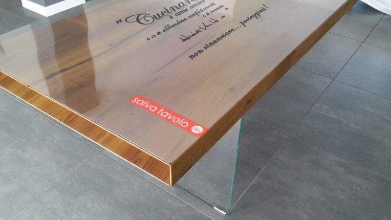 Tavoli vetro e legno protezione trasparente su misura 2