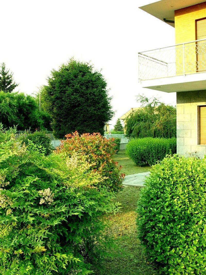 Torino Montanaro - Villa con giardino e terreno vendesi 5