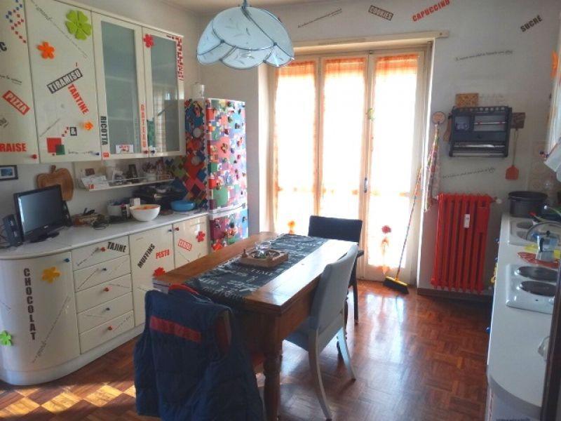 Vendita appartamento trilocale a Montanaro (Torino) primo piano 5