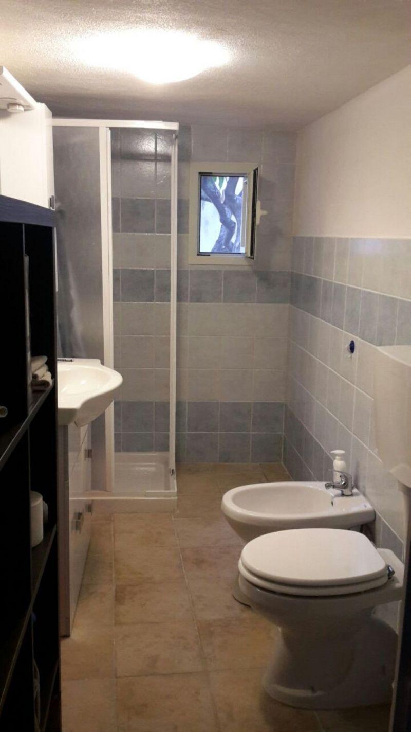 Offro stanze con bagno in elegante residence 1