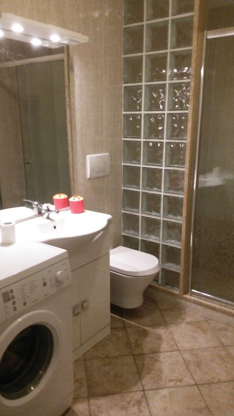 Offro stanze con bagno in elegante residence 5