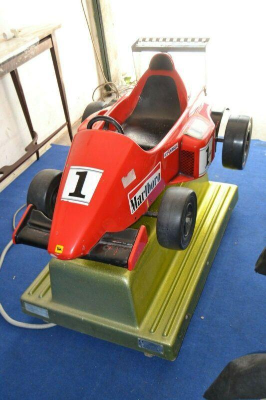 Giostra Dondolante gioco da bar auto Ferrari vintage console 1