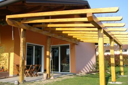Come costruire una veranda in legno lamellare