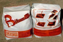 Conglomerato bituminoso a freddo: il prodotto nella sua confezione da 25 kg