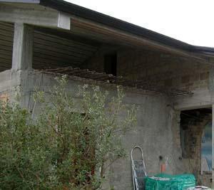 Un sistema solaio completo: un tetto inclinato rifatto