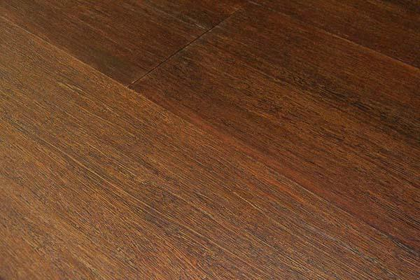Parquet in bamb solid bamboo flooring with parquet in for Riva laminate flooring
