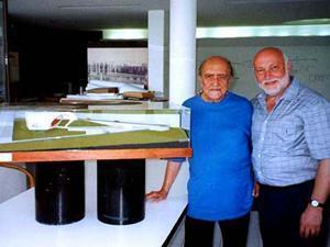 Oscar Niemeyer presenta il progetto dell'Auditorium
