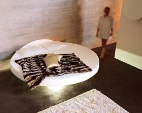 Letto Sospeso Diaz : Letti e divani sospesi nellaria