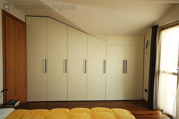 Idee Salotto Mansarda: Come arredare un piccolo soggiorno idee per farlo sem re.