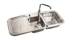 Installazione lavello da cucina