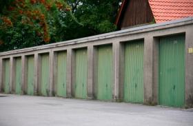 Box auto (pertinenza a singolo alloggio) collocati su spazio condominiale
