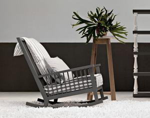 sedia a dondolo Gray09