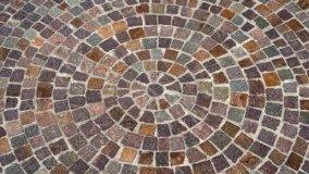Un classico intramontabile: il pavimento in sampietrini