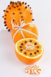 clementine chiodi di garofano natale