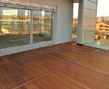 pavimento in legno per esterni tipo a doghe ( di Déco - italian decking company)