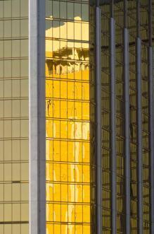 vetri con rivestimenti riflettenti