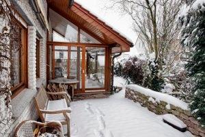 Come riscaldare una veranda chiusa pannelli termoisolanti for Scarpiera fai da te chiusa