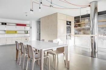 Lugano: cucina/soggiorno