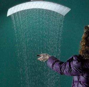 Tender rain: Pluvia