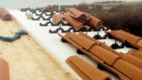 Ventilazione del tetto con i coppi
