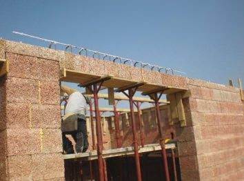 Architrave in blocchi di legno cemento (Gruppo Legnobloc srl)