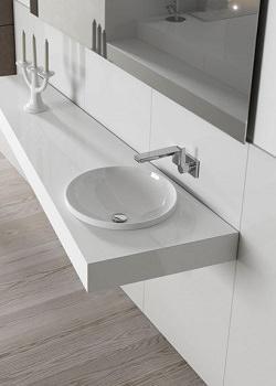Progetto completo per il bagno: Artelinea, bancone in opalite