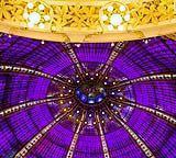 Una prestigiosa cupola in vetro lavorato