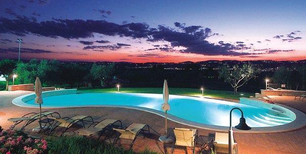 Tecnologie di filtrazione dell'acqua: Culligan, piscina privata