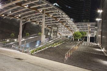 Acquistare casa in aree riqualificate: Milano, piazza Aulenti