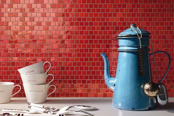 Rivestimento ceramico a parete, formato mosaico. Collezione Shades diImola Tiles full of Life