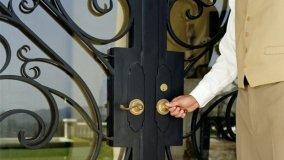 Restaurare una porta in ferro