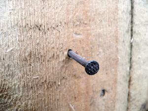 Chiodi per legno