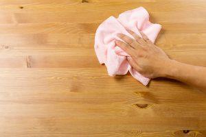 Pulizia e manutenzione del legno