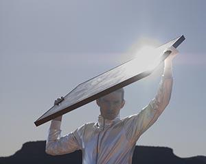 L'installazione di pergolati e pensiline fotovoltaiche contribuisce alla diffusione sul territorio di fonti energetiche rinnovabili.