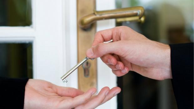Sostituire maniglie e serrature - Cambiare maniglia porta ...