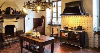 Cucina a legna: J.Corradi, Rustica